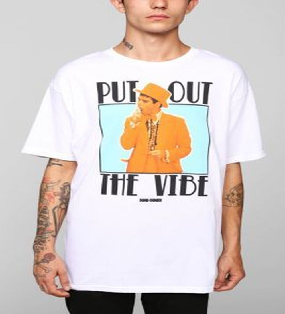 """""""Dumb & Dumber Put Out Vibe"""" Tee"""